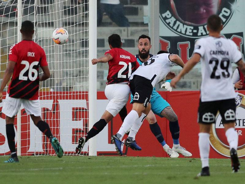 Libertadores: Athletico-PR perde para Colo Colo