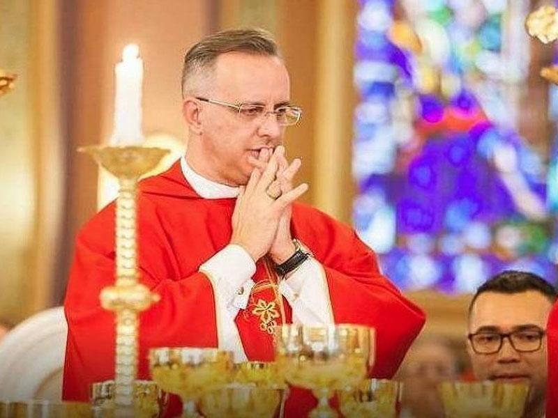 Advogados de ex-coroinhas pedem à Igreja US$ 3 milhões por abusos