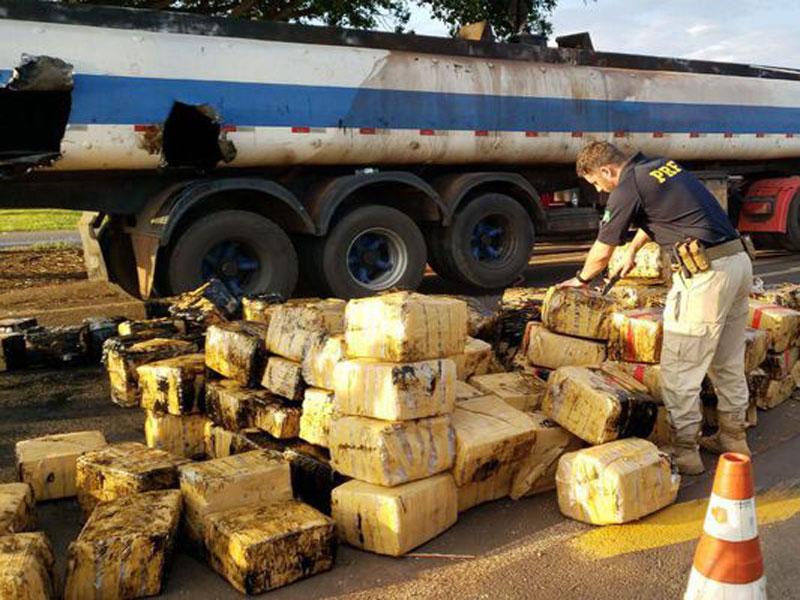 Três toneladas de maconha são apreendidas no Paraná