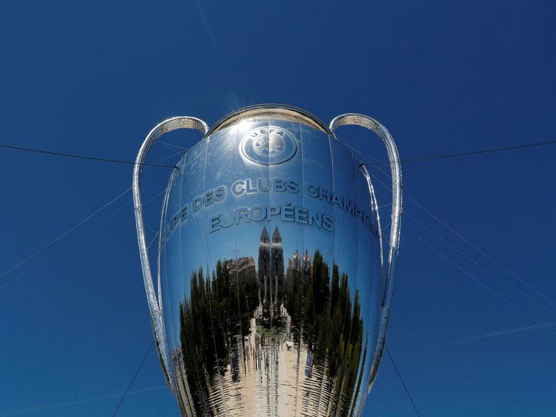 Uefa adia finais da Liga dos Campeões e da Liga Europa
