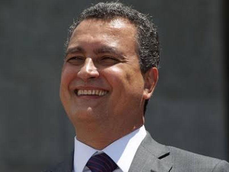 Rui anuncia construção de 60 novas escolas na Bahia