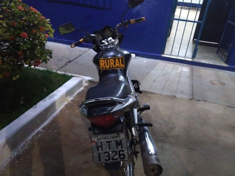 Motocicleta com registro de furto/roubo é recuperada pela Polícia em Dom Basílio