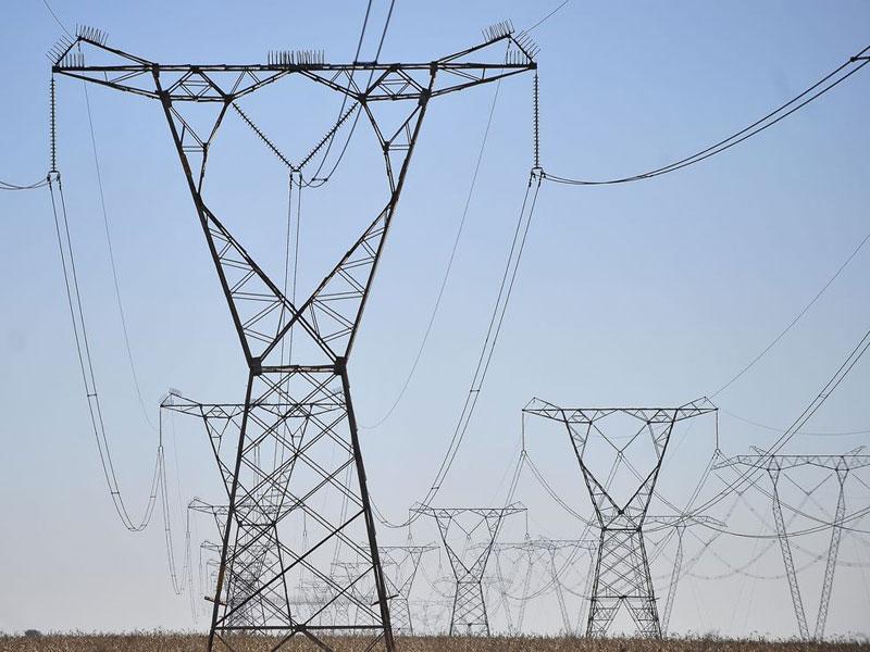 Brasil registra queda de consumo de energia elétrica a partir do início da quarentena