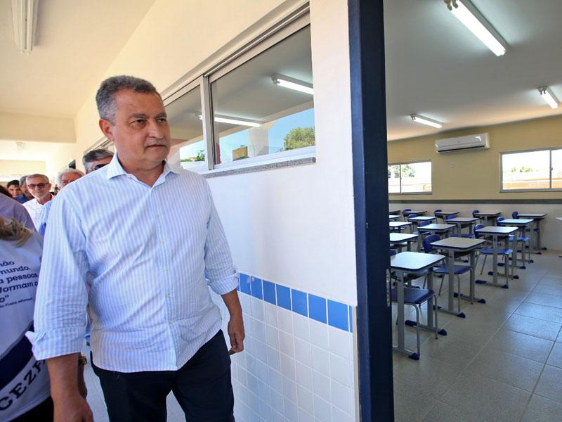 Governo da Bahia envia projeto para legislativo que vai beneficiar 12,1 mil professores