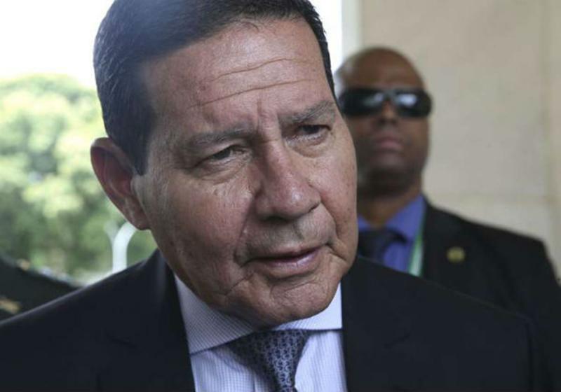 Mourão vai à Colômbia para reunião sobre a crise venezuelana