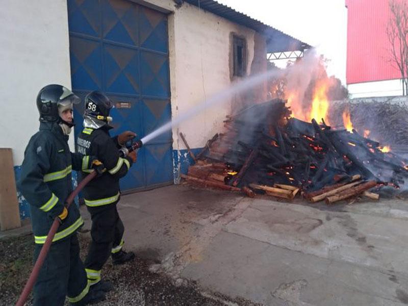 Empresa de produção de café é atingida por incêndio em Vitória da Conquista