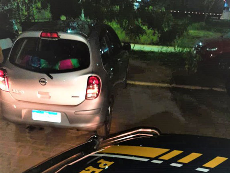 Reincidente em crime de receptação é preso na BR-242 com carro clonado em Barreiras