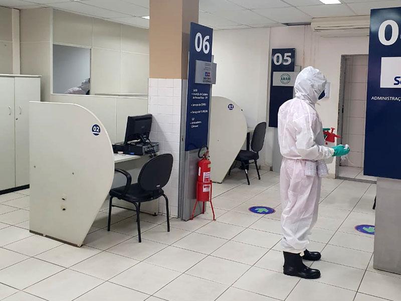 Corpo de Bombeiros realiza desinfecção de SACs em Brumado e Guanambi
