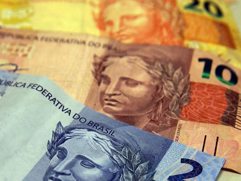 Mercado financeiro reduz estimativa de crescimento da economia em 2020