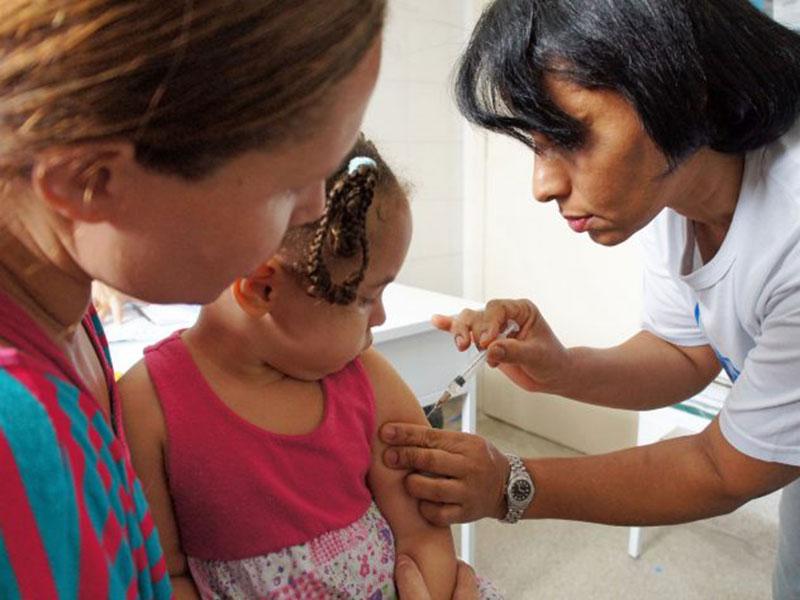 Bahia imuniza 2,5% do público-alvo em 10 dias de Campanha de Vacinação contra a Influenza
