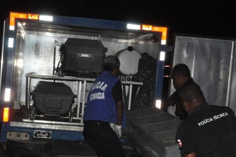 Homem se joga na frente de veículo e morre atropelado na BR-116, no Entroncamento de Jaguaquara