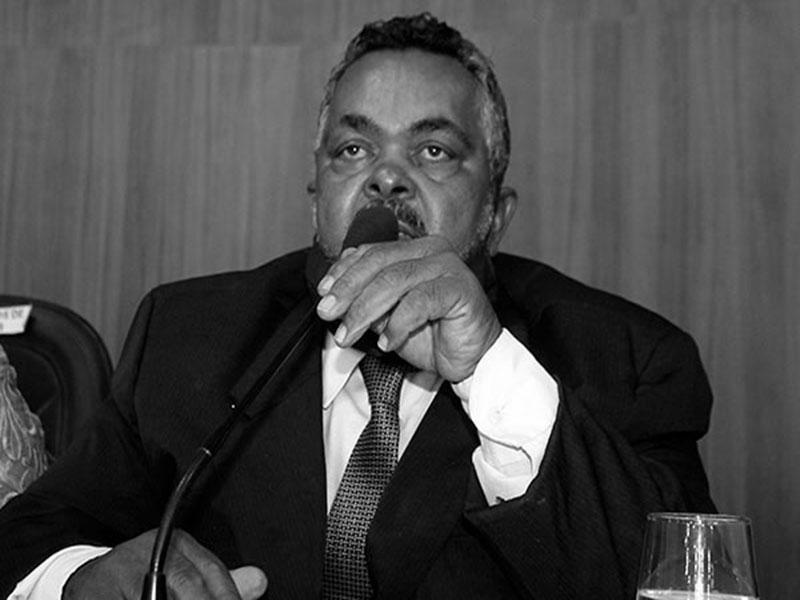 Morre o presidente da Câmara de Vereadores de Brumado, José Carlos de Jonas por complicações da Covid-19