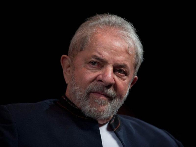 Ex-presidente Lula diz que, vai provar da cadeia, que Moro e Deltan são bandidos