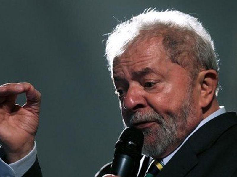 Defesa de Lula pede à Justiça que ex-presidente deixe prisão