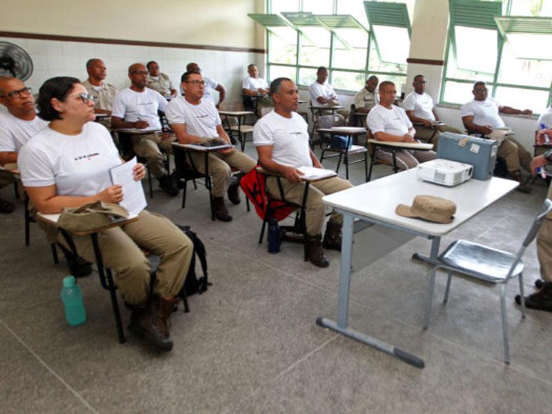 Estado lança edital de novo concurso para Polícia Militar e Bombeiros