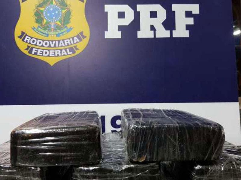 Jequié: Polícia apreende crack em ônibus interestadual na BR-116