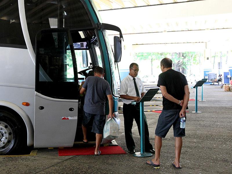Mais quatro municípios têm transporte suspenso na Bahia
