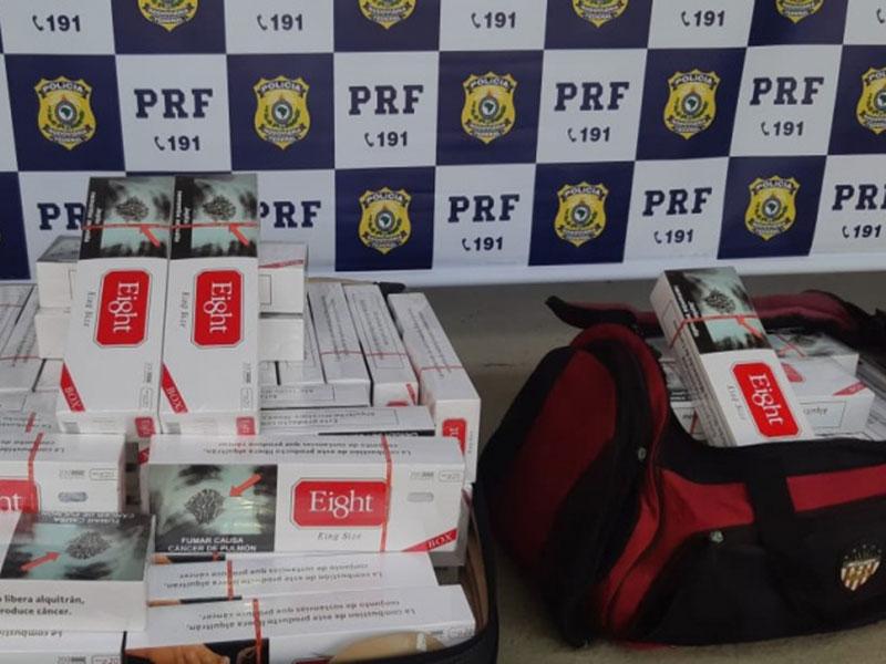 Barreiras: Passageiro de ônibus é flagrado transportando 19.000 cigarros contrabandeados de origem paraguaia