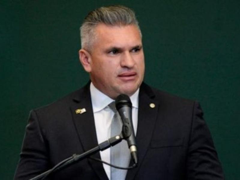 Deputado do PSL dá 'cabeçada' em colega e pode ir para Conselho de Ética