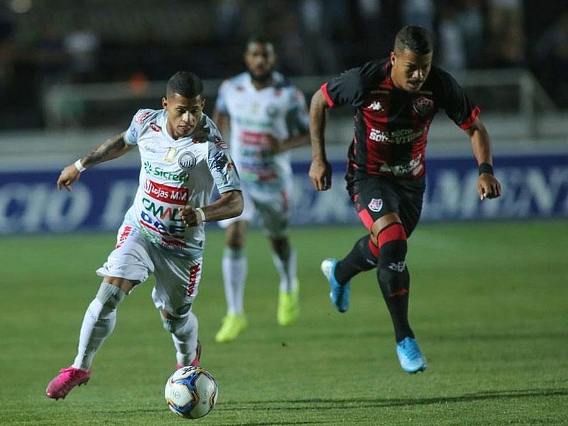 Vitória derrota Operário e garante permanência na Série B