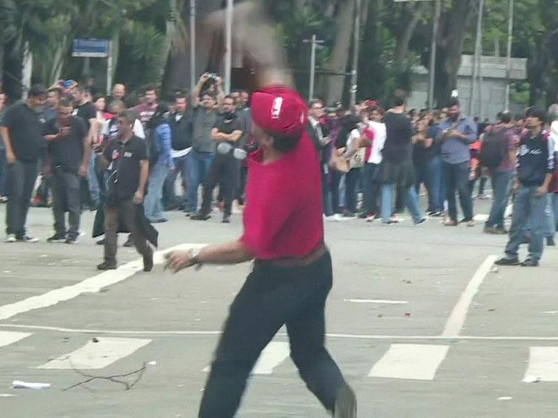 Reforma da Previdência do funcionalismo público de SP é aprovada sob tumulto e protestos