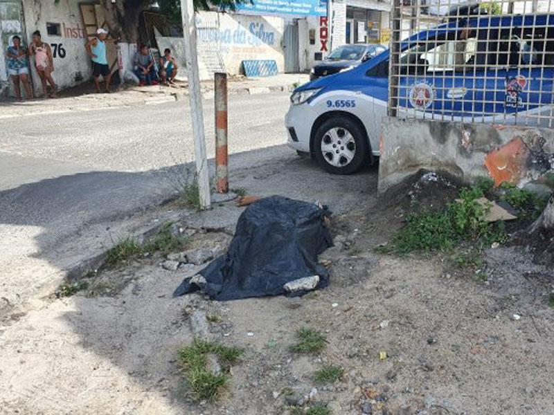 Adolescente é assassinado com cerca de 14 tiros em Feira de Santana