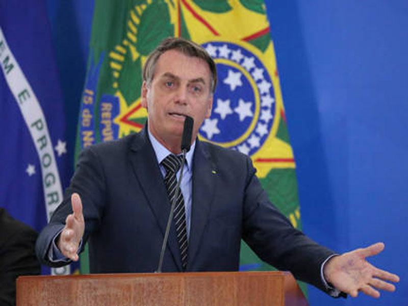 Bolsonaro anuncia viagem aos Estados Unidos em março