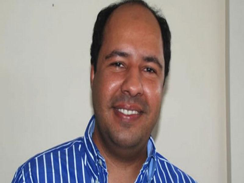 Ex-prefeito de Caravelas é denunciado ao MP por irregularidade em licitação