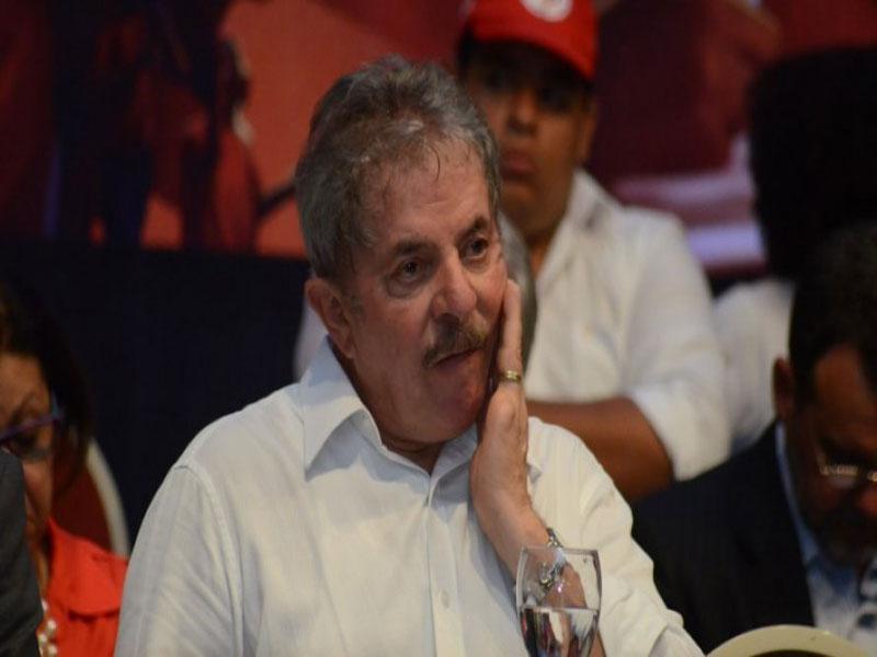 Pensando em 2020, Lula pede ao governador do MA para visitá-lo