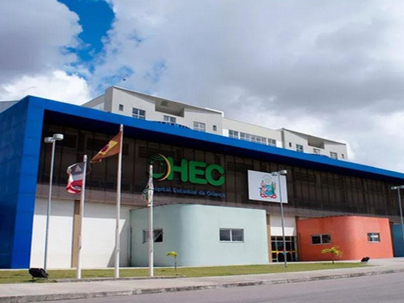 Bebê de 1 anos e 2 meses morre afogado em piscina de plástico no interior da Bahia