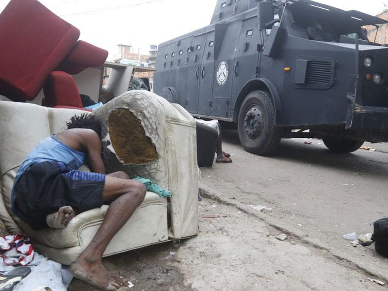 RJ: Operação no Jacarezinho deixa 25 mortos, provoca intenso tiroteio e tem fuga de bandidos