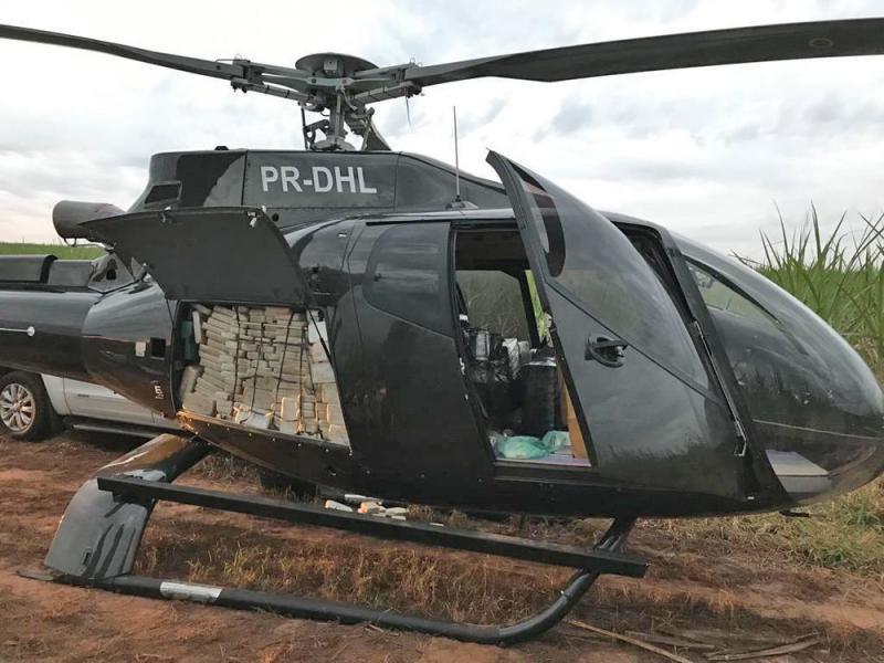 PF apreende helicóptero com meia tonelada de cocaína em São Paulo