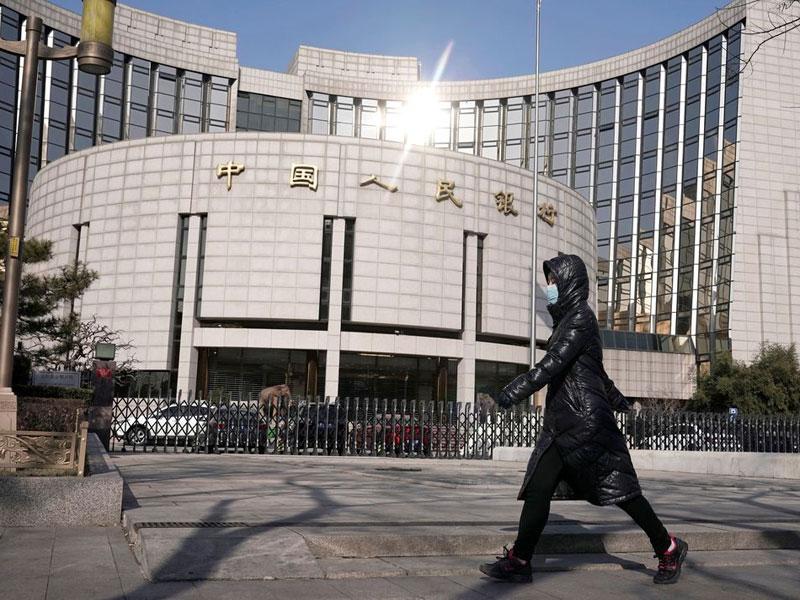 Coronavírus: total de mortos na China continental sobe para 908