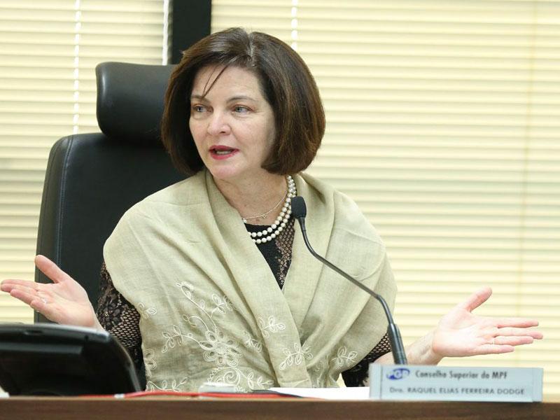 Em despedida do STF, Dodge pede ao tribunal que fique 'alerta' a sinais contra democracia