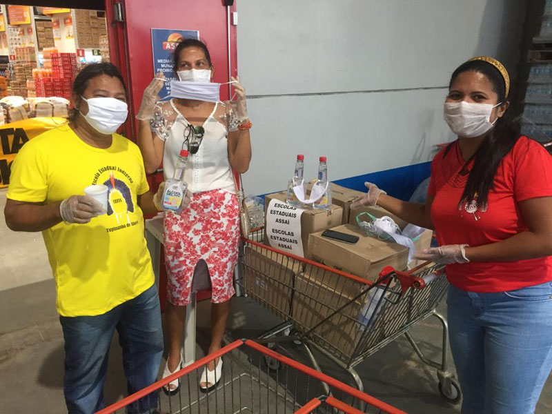 Vale-alimentação já foi entregue a 220 mil estudantes da rede estadual na Bahia
