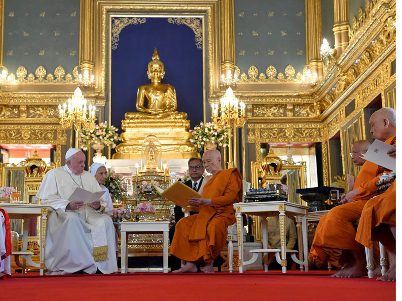 Na Tailândia, papa Francisco pede cooperação em questões de migração