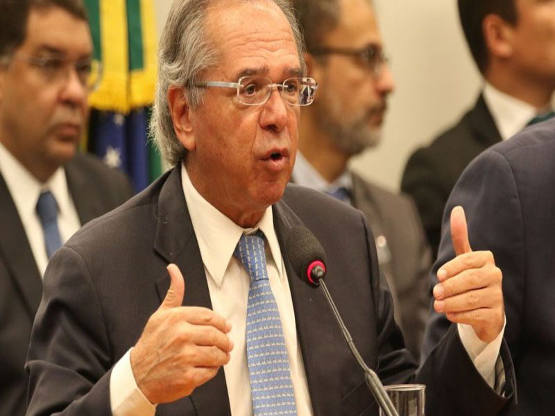 Políticos querem intervenção de Guedes na crise