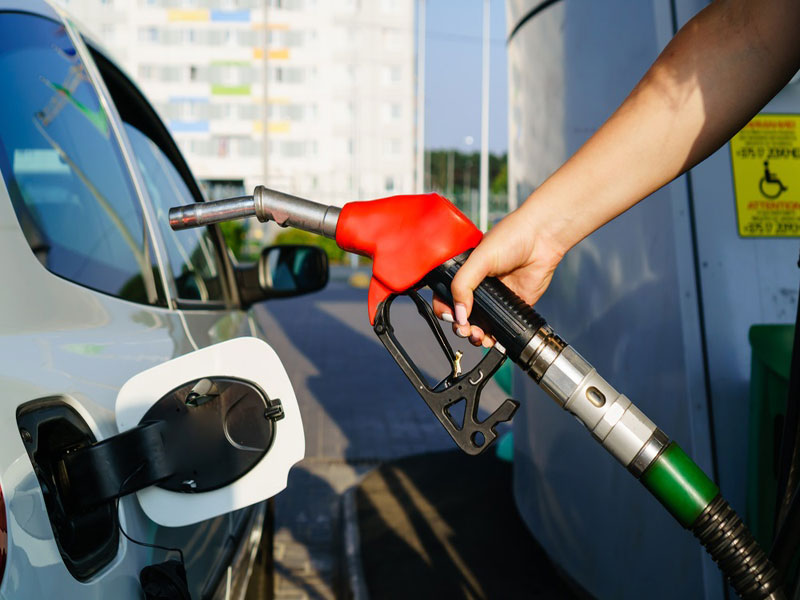 Gasolina na Bahia terá preço médio de R$ 4,59 segundo base de preços publicada pelo Governo