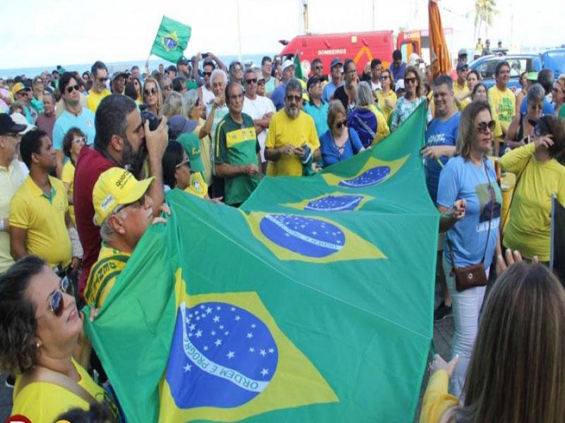 Ato dia 26: movimentos pró-Bolsonaro ampliam motes para afastar radicalismo