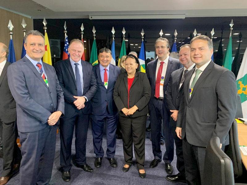 Em Brasília, Rui defende transparência na definição de preços de combustíveis