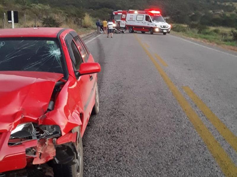 Jussiape: Colisão entre motocicleta e carro deixa dois feridos na BA-148