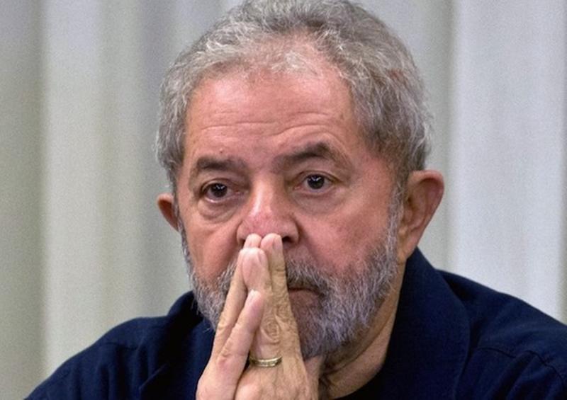 Sem visitas, Lula completa 1 ano preso neste domingo