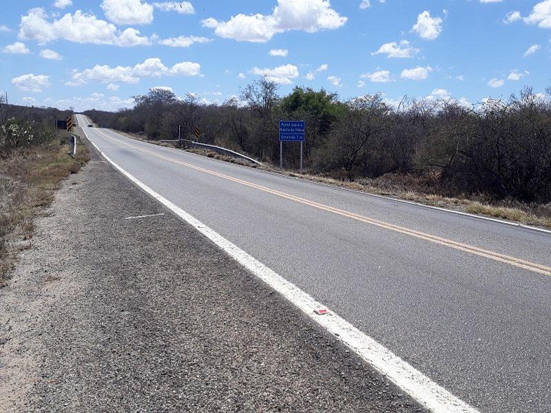 Homem é encontrado morto no acostamento da BR-030 em Brumado
