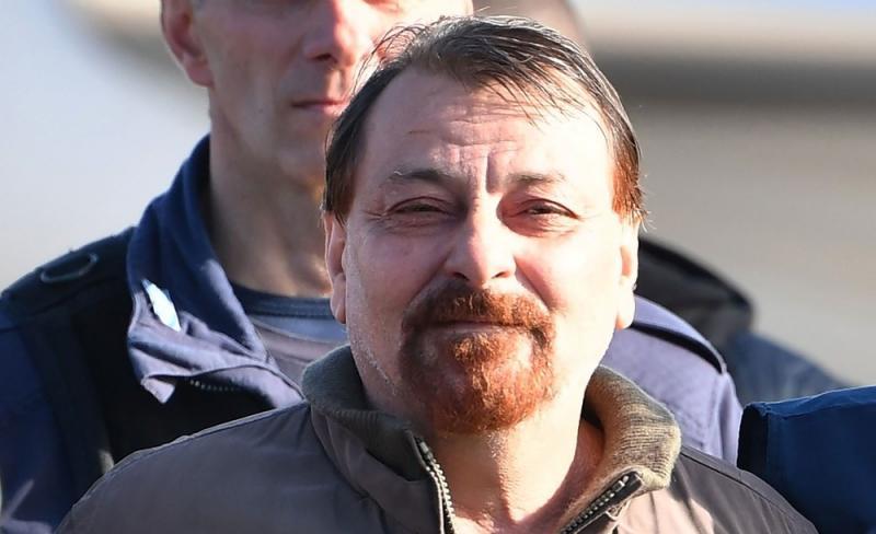 Battisti admite envolvimento em quatro assassinatos, diz procurador italiano