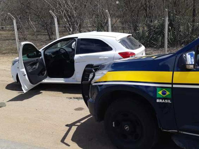 Jequié: Veículo é recuperado e homem morre em troca de tiros com a PRF