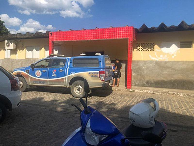 Ubatã: Casal sofre tentativa de assalto e cai de motocicleta na BR-330