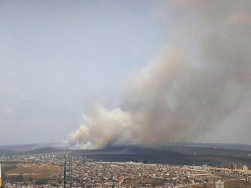 Incêndio atinge vegetação em Vitória da Conquista