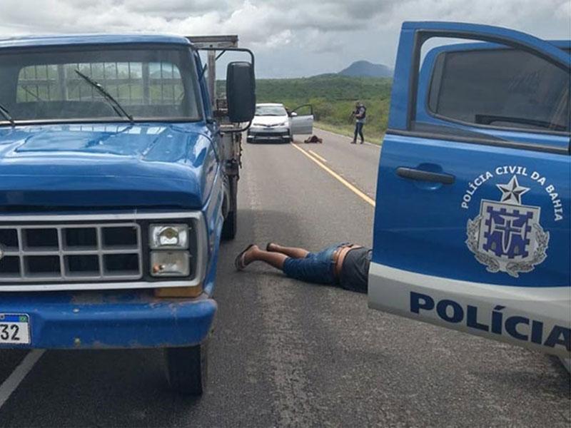 Veículo roubado em Ilhéus é recuperado pela Polícia na BA-148 trecho de Dom Basílio