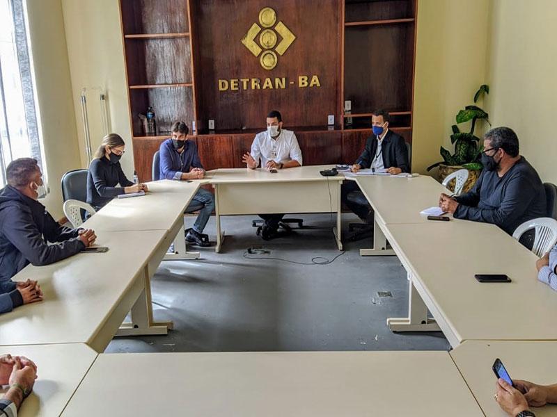 Detran-BA capacita examinadores e alinha com autoescolas retomada das atividades presenciais