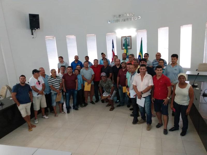 Motoristas do transporte alternativo da região se reuniram em Livramento nesta quarta-feira (09)